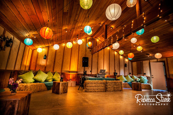 Barn decor by Eventscapes, Ltd.